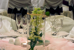 http://www.pandrevomai.com/wp-content/uploads/2014/12/Sofitel-Athens-Airport-wedding-table-21-300x206.png