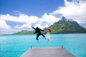 http://www.pandrevomai.com/wp-content/uploads/2015/11/st-regis-wedding-honeymoon-bora-bora-dream-paradise-beach-polynesian-wedding-ceremony-desktop-background-3390062-300x200.jpg